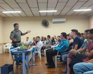 ATIVIDADES NAS ESCOLAS BUSCAM SEGURANÇA NO TRÂNSITO