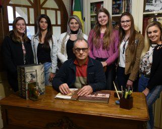 Muita história e cultura no segundo encontro de formação para as candidatas à Soberanas
