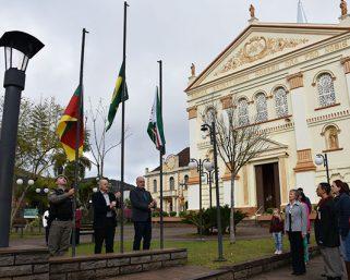 Ato Cívico marcou o início da Semana da Pátria em Serafina Corrêa