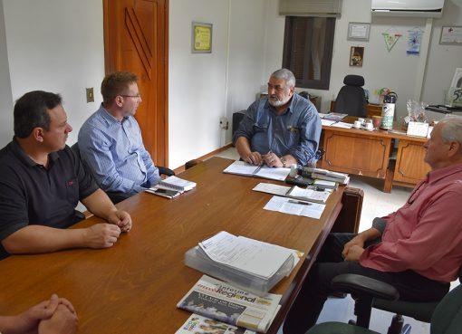 Prefeito em Exercício realiza reunião com Superintendente do DAER