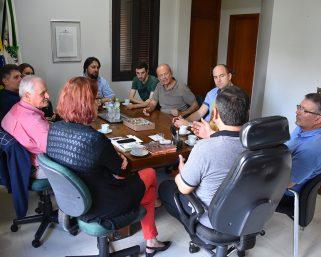 Empresários Italianos visitam Serafina Corrêa