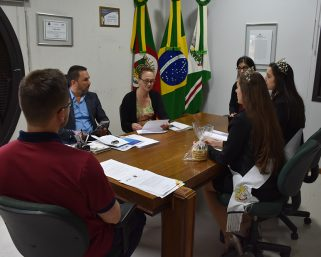 Comissão organizadora da 2ª Expo Protásio visita Serafina Corrêa