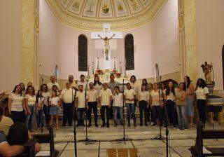 Celebrando o Amor foi o tema do Lançamento Oficial do Coro Cênico HabraMents