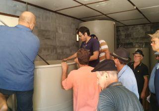 Emater/RS-Ascar qualifica produção de vinho colonial em Serafina Corrêa