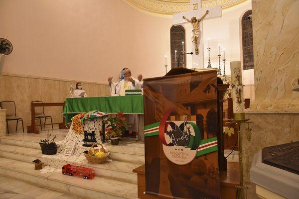 Missa em Talian foi celebrada em ação de graças aos 60 anos de Serafina Corrêa
