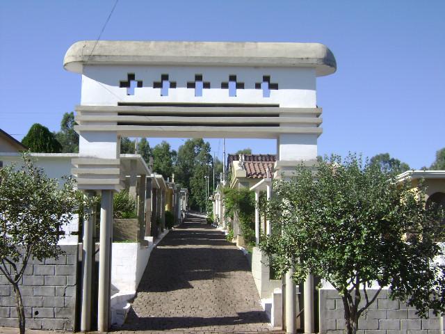 Prefeitura realiza levantamento cadastral e inventário do Cemitério Jardim da Paz