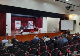 Prefeito Valdir participa de reunião da Associação dos Municípios do Planalto