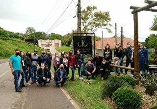 Jovens do Agro participam de visita no Vale dos Vinhedos