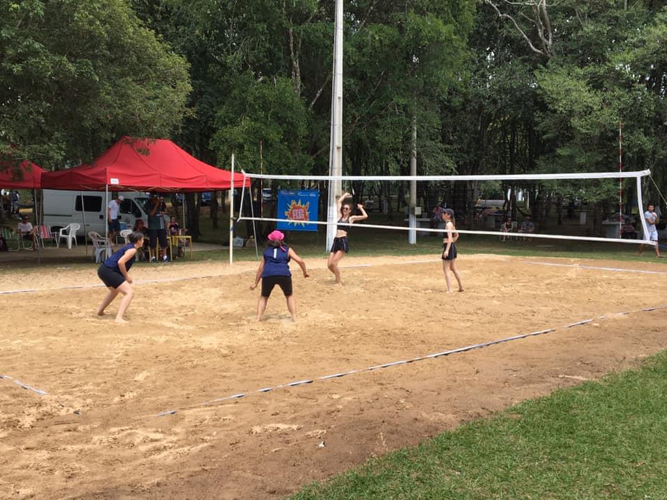 Campeonato Municipal de Vôlei de Dupla aconteceu no último domingo