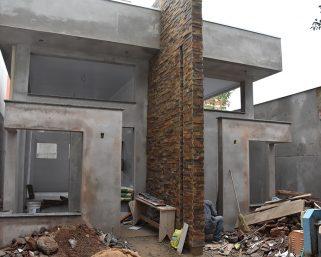 Banheiros públicos estão em fase avançada de construção