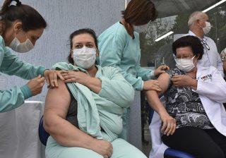 Vacinação contra a Covid-19 começou hoje em Serafina Corrêa