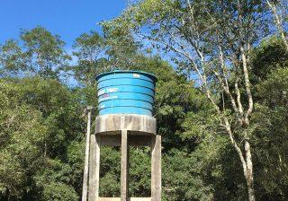 Nova caixa d'água melhora fornecimento e qualidade da água na Comunidade do Camping Carreiro
