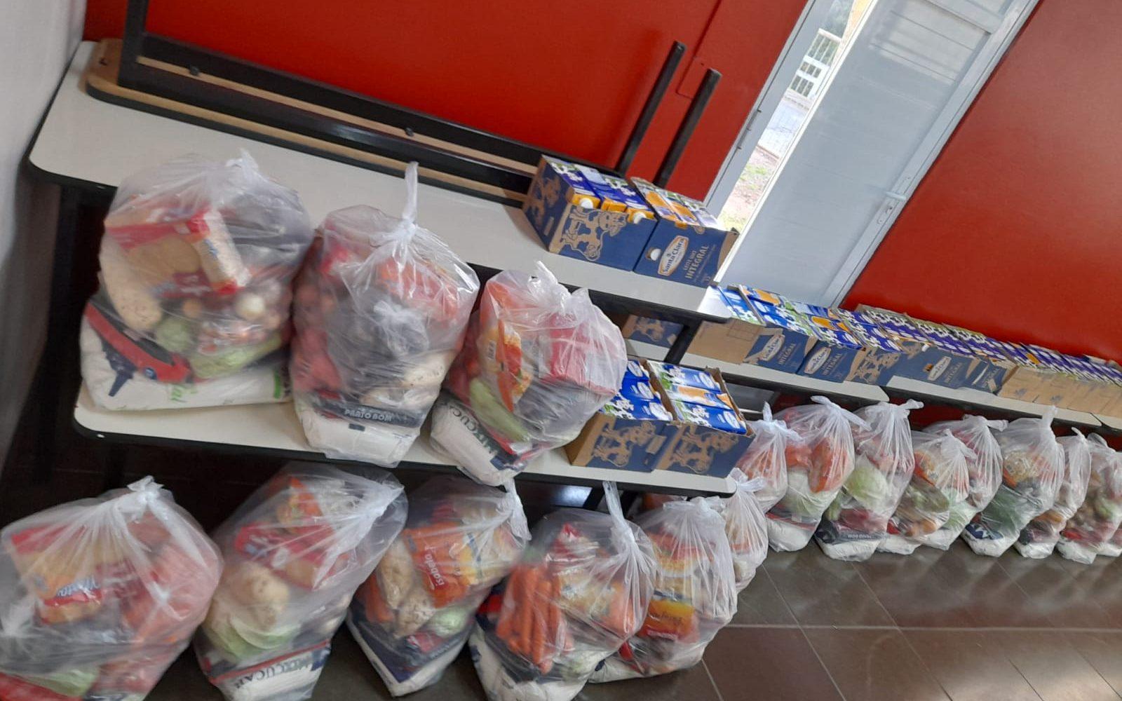 Secretaria Municipal de Educação distribui mais 118 Kits de Alimentação