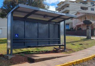 Novas paradas de ônibus são adquiridas